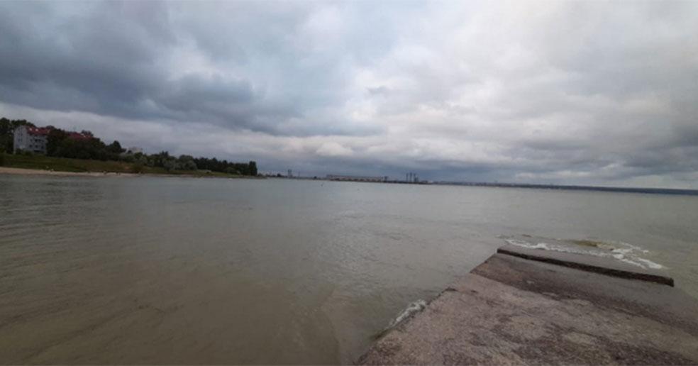 В Новосибирской области почти сутки идут поиски утонувшего мальчика